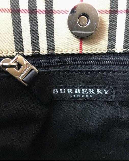 Bolsa Burberry Alça Curta Xadrez